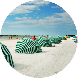 Rent Cabanas And Beach Chairs On Marco Island At Tigertail Beach Rentals